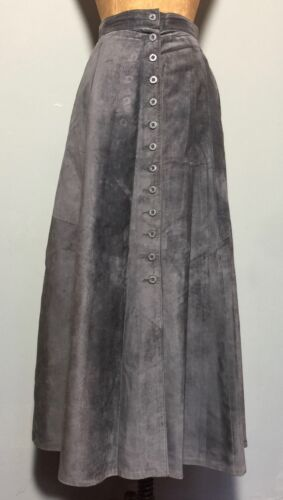 """VINTAGE 1990s QUALITY 'DANIER' GREY SUEDE BUTTON FRONT SKIRT W 32"""""""