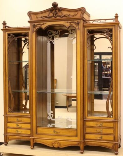 Large Carved Art Nouveau Showcase Cabinet / Armoire, Style of Majorelle