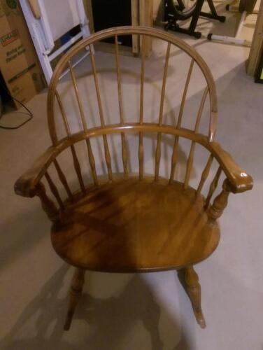 VINTAGE 1950s NICHOLS AND STONE WINDSOR ROCKING ARMCHAIR