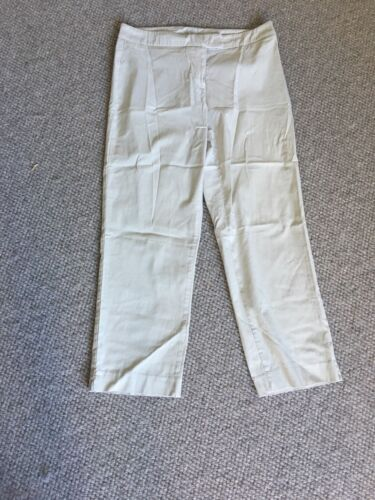 FEATHERS Women's Crop Pants Size 10 New  W/o Tags