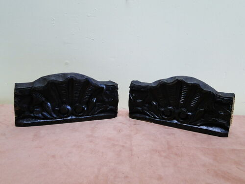 2 Shell Carved Oak Thich Skirts Blocks of Wood