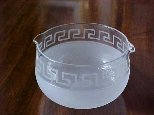 RARE GEORGIAN GREEK KEY FROSTED WINE RINSER DOUBLE LIP EXCELLENT CONDITION