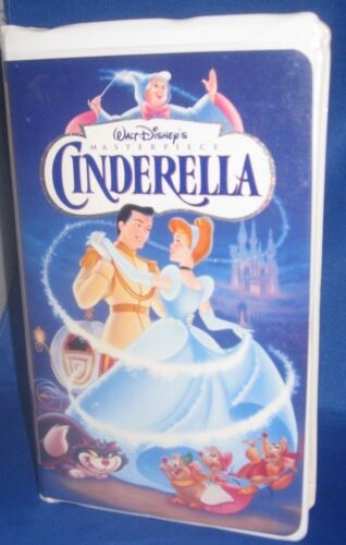 WALT DISNEY MASTERPIECE COLLECTION CINDERELLA ANIMATED VHS MOVIE, USED