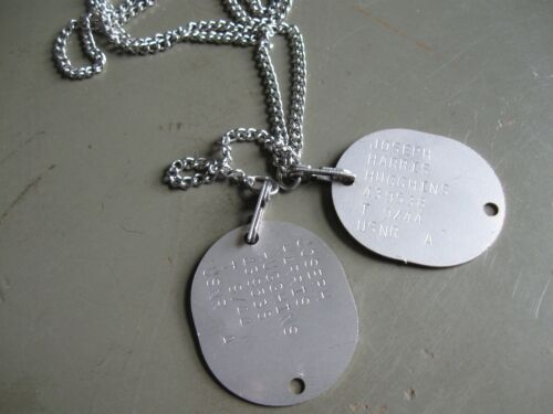 WW2 US Navy and US Marine dog tag reproductions with M1940 chainsUnited States - 156437