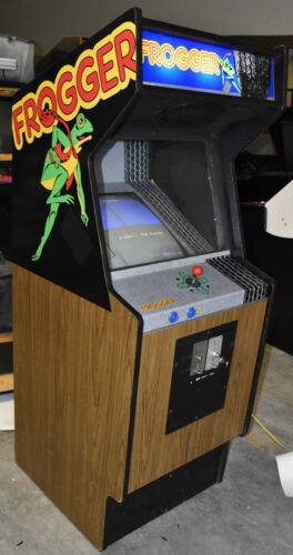 Top Holiday Gifts FROGGER ARCADE MACHINE by SEGA (Excellent Condition) *RARE*