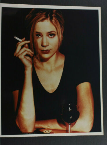 "Mira Sorvino Wine and Smoking Pose - 8x10"" Photo Print - Vintage L1267A"