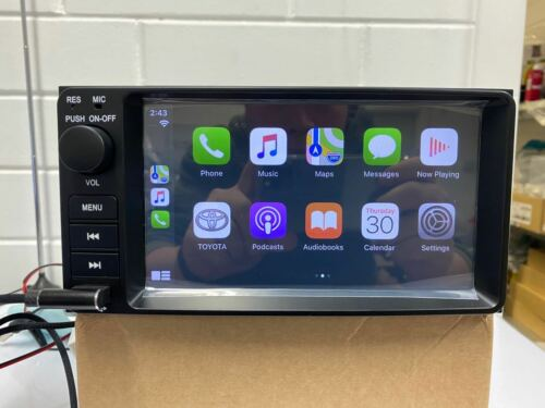 CMT Toyota Hilux Land Corolla Camry Carplay and Android Auto Radio