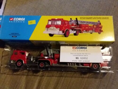 Voiture de pompiers CORGI 52101 Long Beach Mack CF Aerial Ladder
