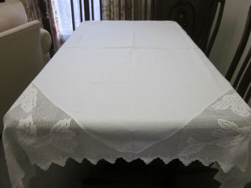 ANTIQUE HAND WORKED WHITE FILET CROCHET LACE EDGE AND EMBROIDERED TABLECLOTH