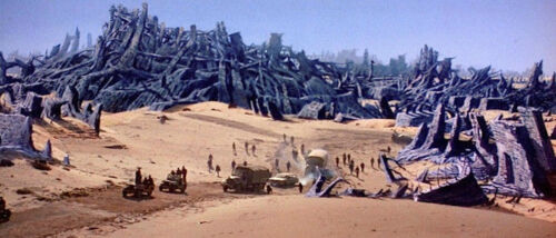 1973's BATTLE FOR THE PLANET OF THE APES Forbidden City convoy color 4x10 scene