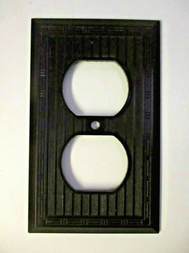 Art Deco 1811 Outlet Wall Plate Cover Dashed Lines Ribs Brown Bakelite 1 Antique