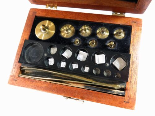 Antique Central Scientific Co. Laboratory/Apothecary Metric Weight Set