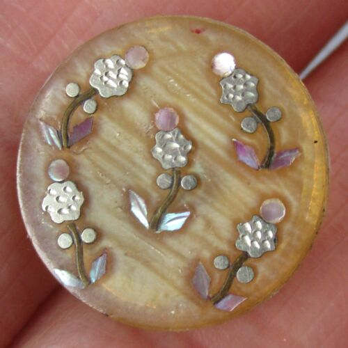 """3/4"""" Antique Horn Button w Impressed White Metal and Mother of Pearl Flowers"""