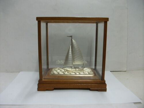 The sailboat of Sterling Silver of Japan. #18g/ 0.63oz. Japanese antique