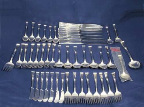 Sterling Silver Reed & Barton Classic Rose Flatware Set 48 pieces 2385g