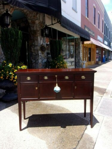 Grand Mahogany Sideboard Crafted By Craftique 20th century