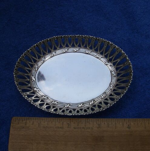 Whiting LOUIS XV (1891) Pattern Small OVAL BASKET DISH-4 1/4 Inches-No Mono-4012