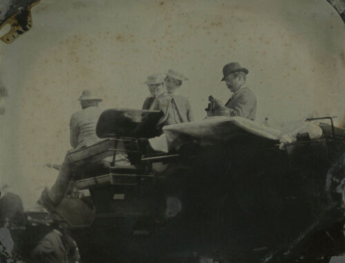 1/6 OUTDOOR AMBROTYPE PHOTO - PEOPLE IN HORSE CARRIAGE