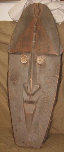 Large Old or Antique New Guinea Oceanic Tribal Mask Wood Carving