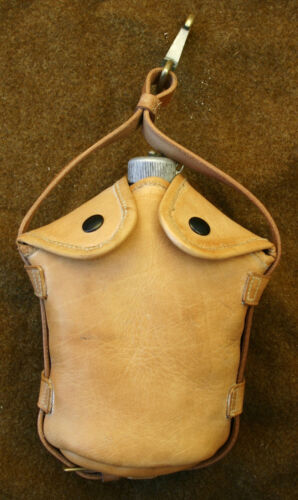 US Army Cavalry Officer Leather Canteen CarrierReproductions - 156388