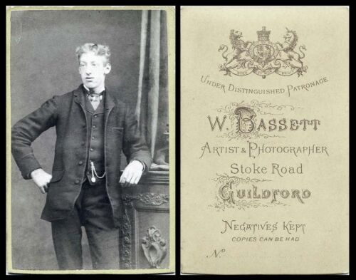 HANDSOME MAN-ANTIQUE CDV PHOTO PORTRAIT W. BASSETT, GUILDFORD, SURREY UK STUDIO