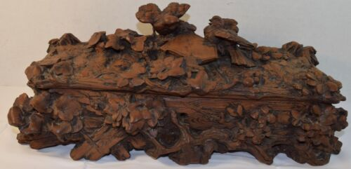 Fine Vintage Black Forest Carved Wood Box With Two Birds