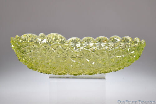 "ca. 1884 No. 101 DAISY & BUTTON by Hobbs CANARY VASELINE 10"" Oval Bowl"