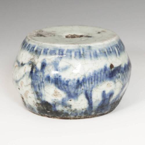 ANTIQUE CHINESE QING BLUE AND WHITE PORCELAIN LU INCENSE BURNER DRAGON