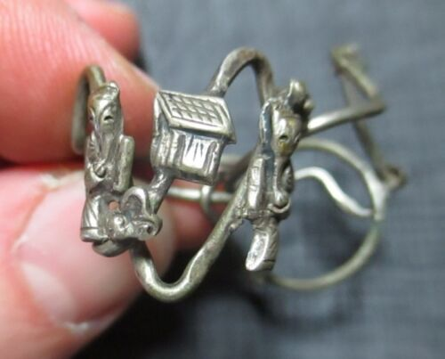 Vintage Antique Chinese Figural Puzzle Ring with Elders Scholars Playing Go
