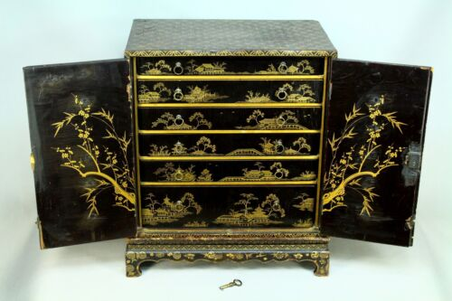 * Antique 1700/1800's EDO Period Japanese Lacquered Box Chest of Drawers w Lock