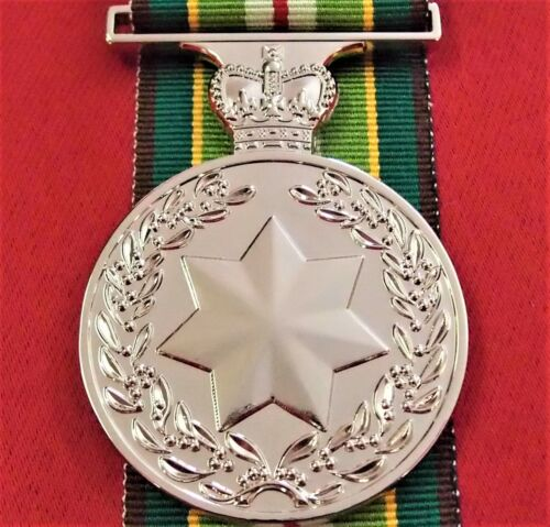 ARMY NAVY AIR FORCE AUSTRALIAN ACTIVE SERVICE MEDAL 1975-2011 REPLICA ANZACOther Eras, Wars - 135
