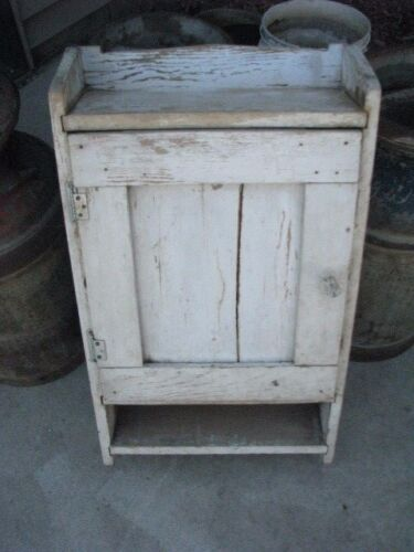 Vintage Wall Cabinet, Medicine Cabinet, Wooden Rustic Paint Shabby Chic. shaker