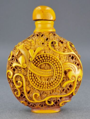 Fine Old Chinese Carved Hornbill Resin Chilong Dragon Snuff Bottle