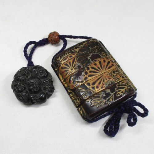 A223: Japanese old lacquer ware SAMURAI pillbox INRO with MAKIE and NETSUKE. 2
