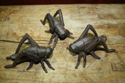 3 Cast Iron Garden Bugs GRASSHOPPER Flower Insects Plants Statue CRICKET BUG