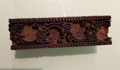 Vintage Wooden Rectangular Shaped Textile Stamping Block With Leaf Design