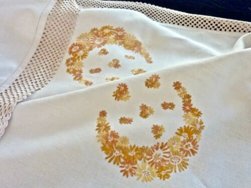 CHARMING ANTIQUE HAND EMBROIDERED & CROCHET  LINEN TABLECLOTH  120 X 120 CM.