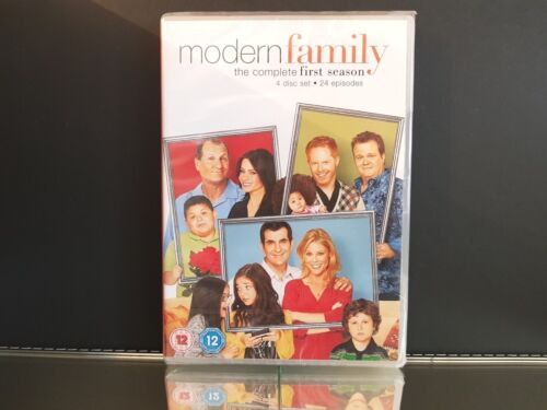 Modern Family The Complete First Season 4 Disc Set - DVD Video NEW/Sealed