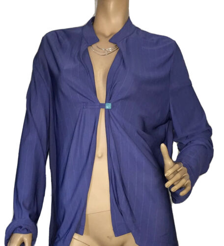 AUGUST MAX SIZE 8 BLUE TOP NWT RRP $89.00