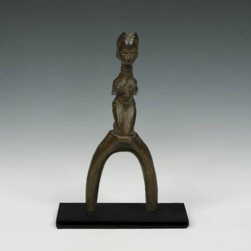 VINTAGE SLINGSHOT CARVED WOOD BAULE PEOPLE IVORY COAST WEST AFRICA 20TH C
