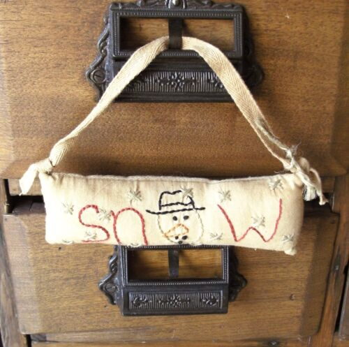 Stitched Snow with Snowman Face Hanger Winter Primitive Country Decoration