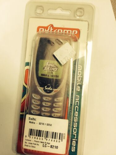 Nokia 8210,8250 Extreme FoneSkin Case - Clear LC-8210 Brand New in Original pack