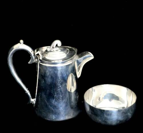Antique Walker & Hall EPNS silver plated 1905 coffee pot and sugar bowl