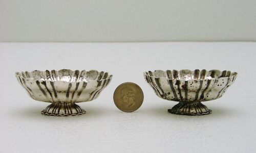 Set of 2 Hand Wrought Solid Silver Salt with European style Hallmarks