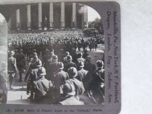 """SON'S OF FRANCE RUSH TO THE """"COLORS"""" PARIS Keystone Stereoview Card WWI"""