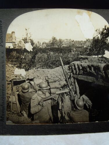 Keystone WWI Stereoview Card ANTI-AIRCRAFT GUN IN ACTION ON FRENCH FRONT