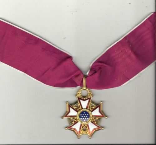 WWII Vintage Genuine Legion of Merit Commander medal on neck ribbon LOMOther Militaria - 135