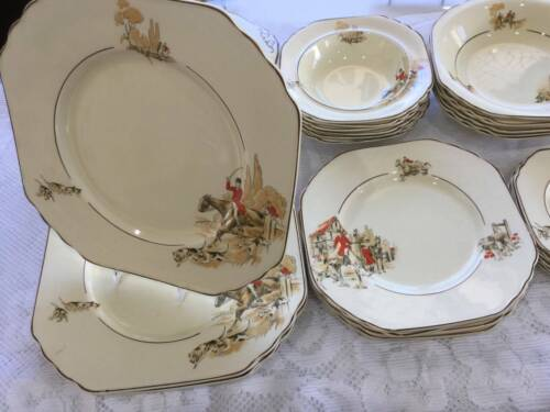 Wedgewood dinner Service Cream with English Hunting Scenes