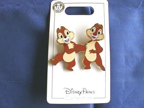 Disney * CHIP & DALE - BOBBLE HEADS * New on Card Character Trading Pin