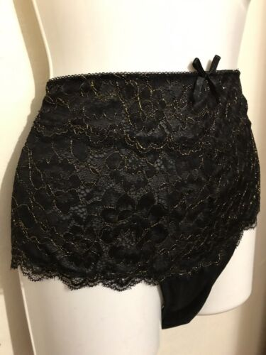 SIZE MEDIUM 12 NEW FREDERICK'S OF HOLLYWOOD BLACK AND GOLD BRIEF AMBER ROSE